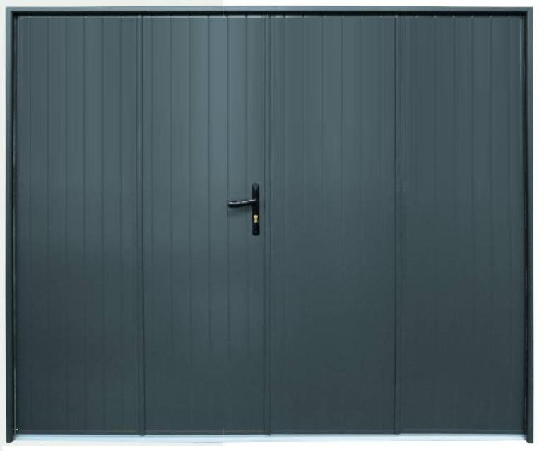 Porte de garage ouverture à la française. Choix des matières et options possibles.